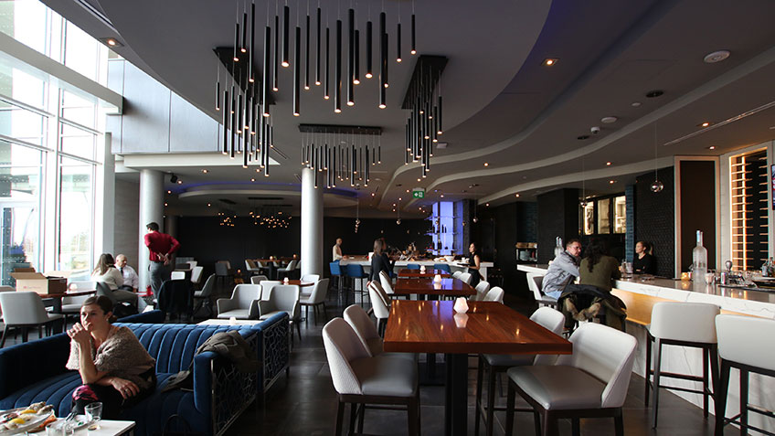 Restaurant in Toronto Hotel