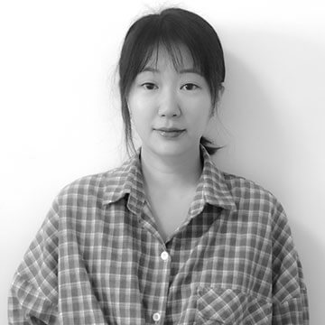 Monica Li Black and White Headshot