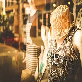 Mannequin wearing sunglasses